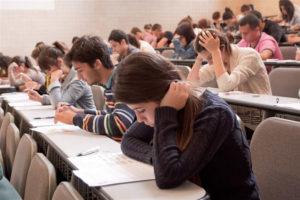 Estudiantes en las aulas.