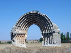 Uno de los monumentos de Sasamón.