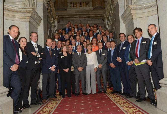 España firma un pacto con la UE para impulsar el tránsito hacia la Economía Circular de la mano de 53 entidades