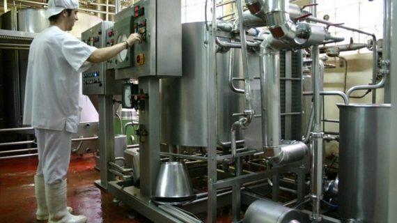 La producción industrial modera su avance en febrero hasta el 3,1% y encadena diez meses de alzas