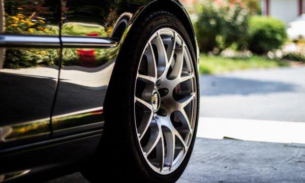 ¿Los neumáticos que usa tu coche son los correctos?