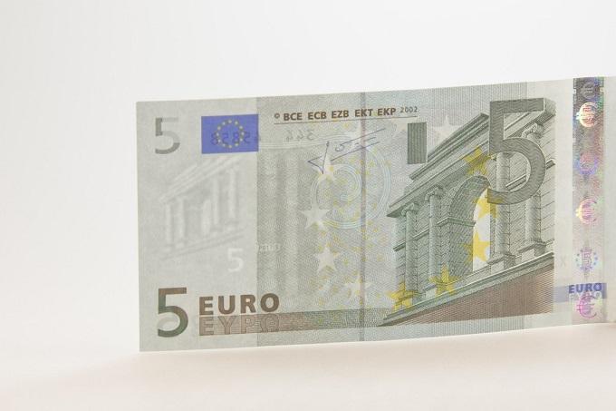 Desarticulado en Alicante un grupo dedicado a la distribución de billetes falsos de cinco euros