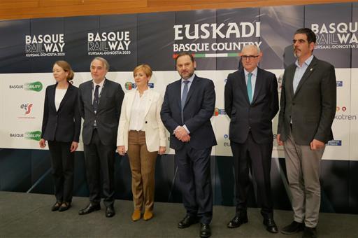 Compromiso para avanzar en la llegada de la Alta Velocidad a Euskadi