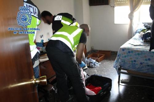 La Policía libera a 5 mujeres prostituidas en un club de alterne de Motril