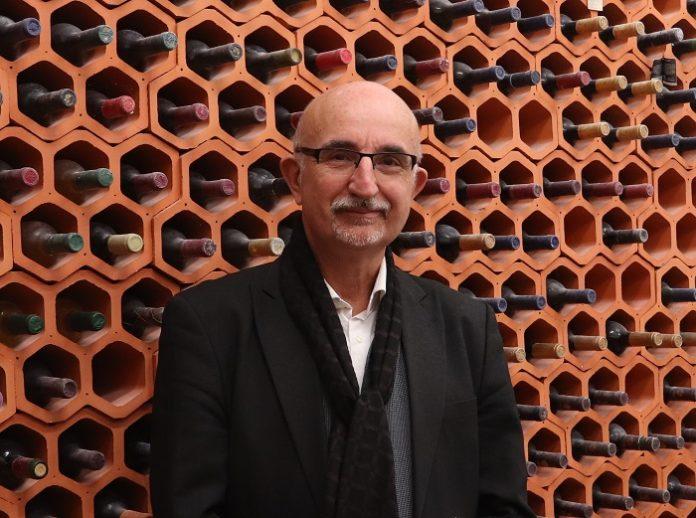 Raúl Compés, vicepresidente de la Asociación Europea de Economistas del Vino