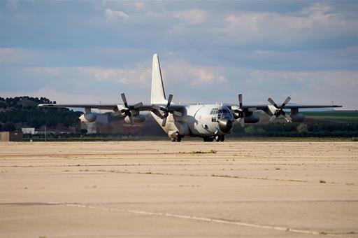 Un avión del Ejército aterriza en Torrejón con 10.000 EPI