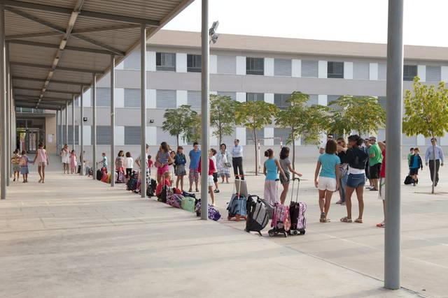 2 colegios de Zaragoza adoptan medidas ante un intento de secuestro