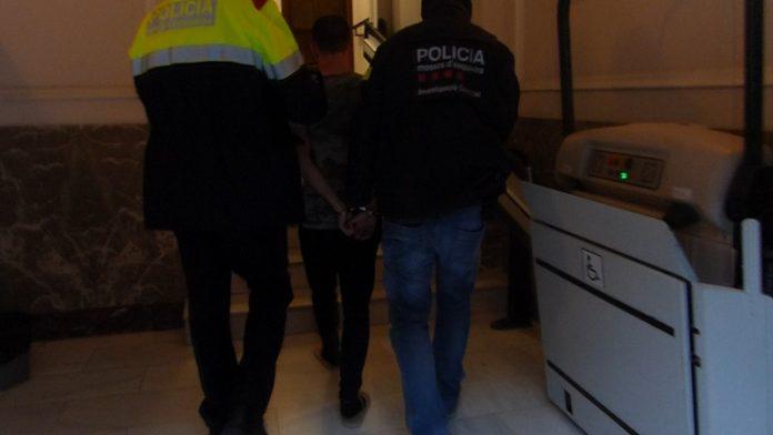 Desmantelan un grupo que robaba en zonas residenciales de Cataluña