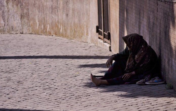Refuerzan asistencia a personas sin hogar ante la crisis del coronavirus