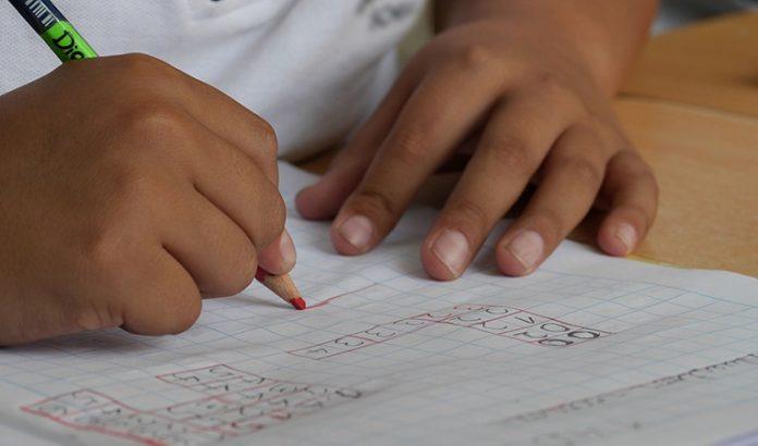 Los centros educativos no volverán a abrir este curso