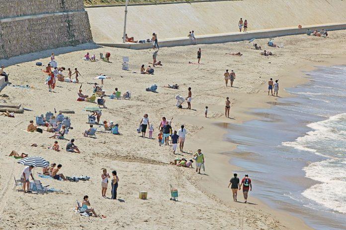 El Gobierno levantará la cuarentena a los turistas extranjeros el 1 de julio