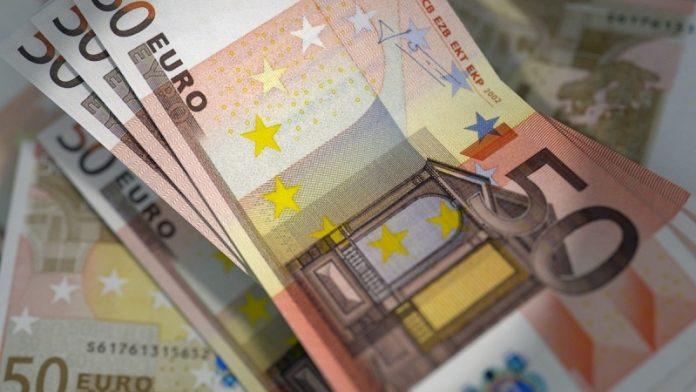 Desarticulan una trama que estafó 805.000 € falsificando cheques bancarios