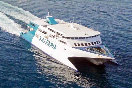 Restablecen el tráfico marítimo de pasajeros desde la península a Canarias