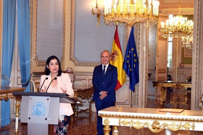 Los opositores podrán examinarse en centros de la UNED de toda España