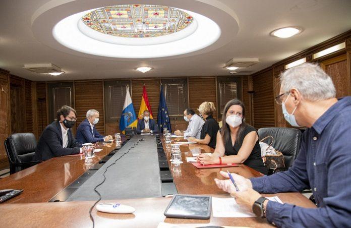 La mascarilla será obligatoria en espacios abiertos y cerrados de Canarias
