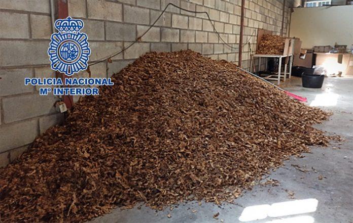 Diez detenidos por vender picadura de tabaco a domicilio a través de paquetería