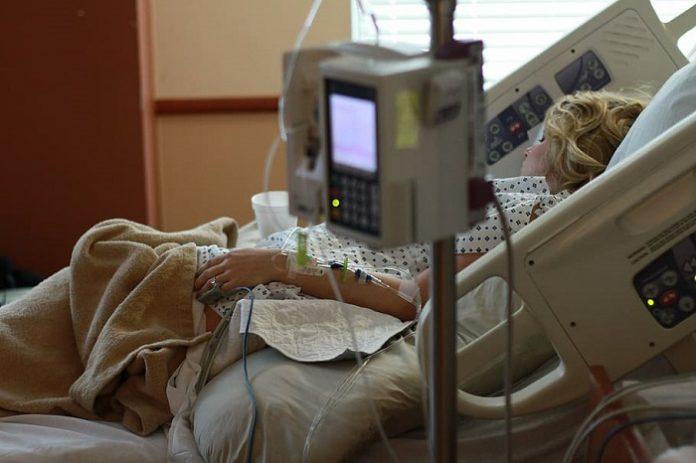 Más de 700 pacientes covid reciben el alta en el último día