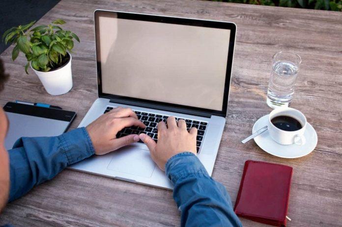 Trabajar en casa no supondrá gasto alguno para los empleados