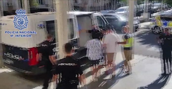 Detenidos cuando trataban de salir del país los autores de una agresión sexual en Sevilla