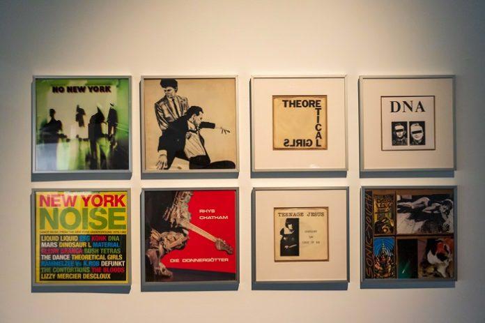 Obras de artistas como Andy Warhol o Yoko Ono llegan al Fernán Gómez de Madrid
